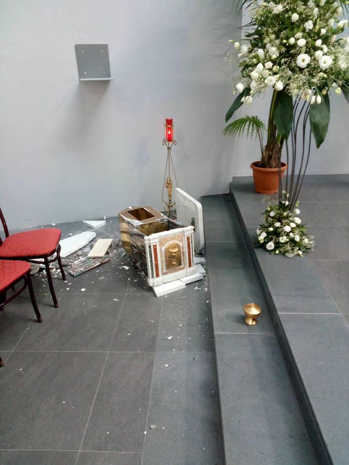 """I furti di S.Ostie consacrate non sono """"bravate"""": ennesimo furto di S.Ostie e della reliquia di Sant'Elena a Messina, atti di odiosatanico"""