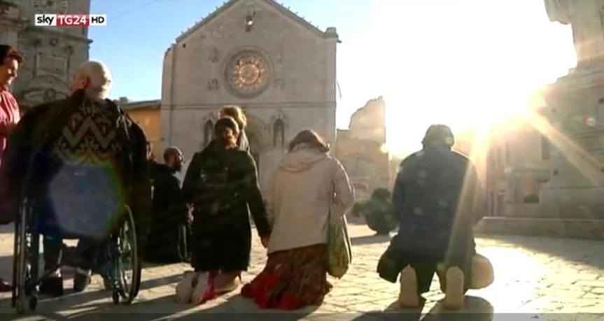 ++ Terremoto: crollata basilica San Benedetto a Norcia ++