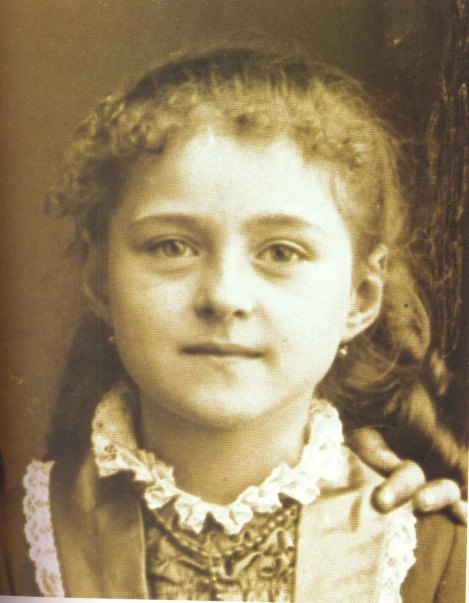 therese-as-a-child