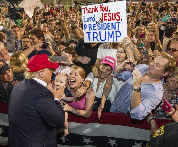 Vescovi pronti a lavorare con Trump per tutelare la vita, i diritti dei cristiani e la libertà dellaChiesa