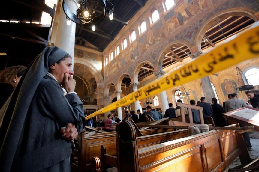 """Grave attentato contro i cristiani copti in Egitto. """"Uniti nel sangue dei nostri martiri"""", le parole del Papa al Patriarca della chiesacopto-ortodossa"""