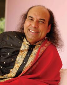 Il guru yoga più famoso, condannato per abusi sessuali in USA, scappa inIndia
