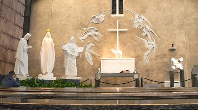 knock-altar