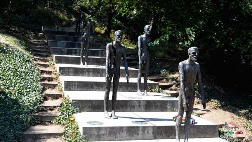 Praga-memoriale-vittime-comunismo