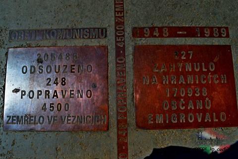 vittime-comunismo-praga
